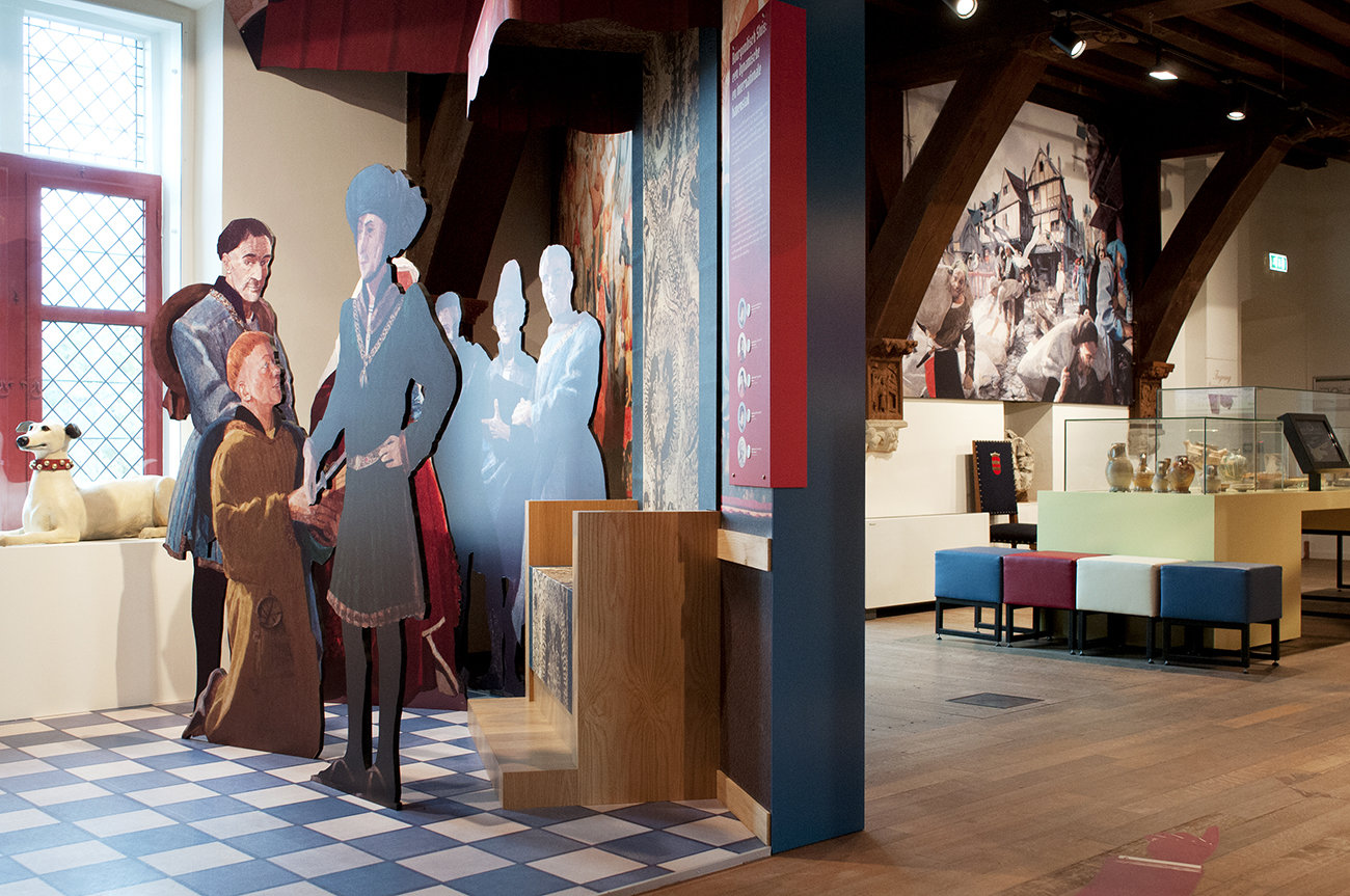 Belfort Sluis - historische figuren