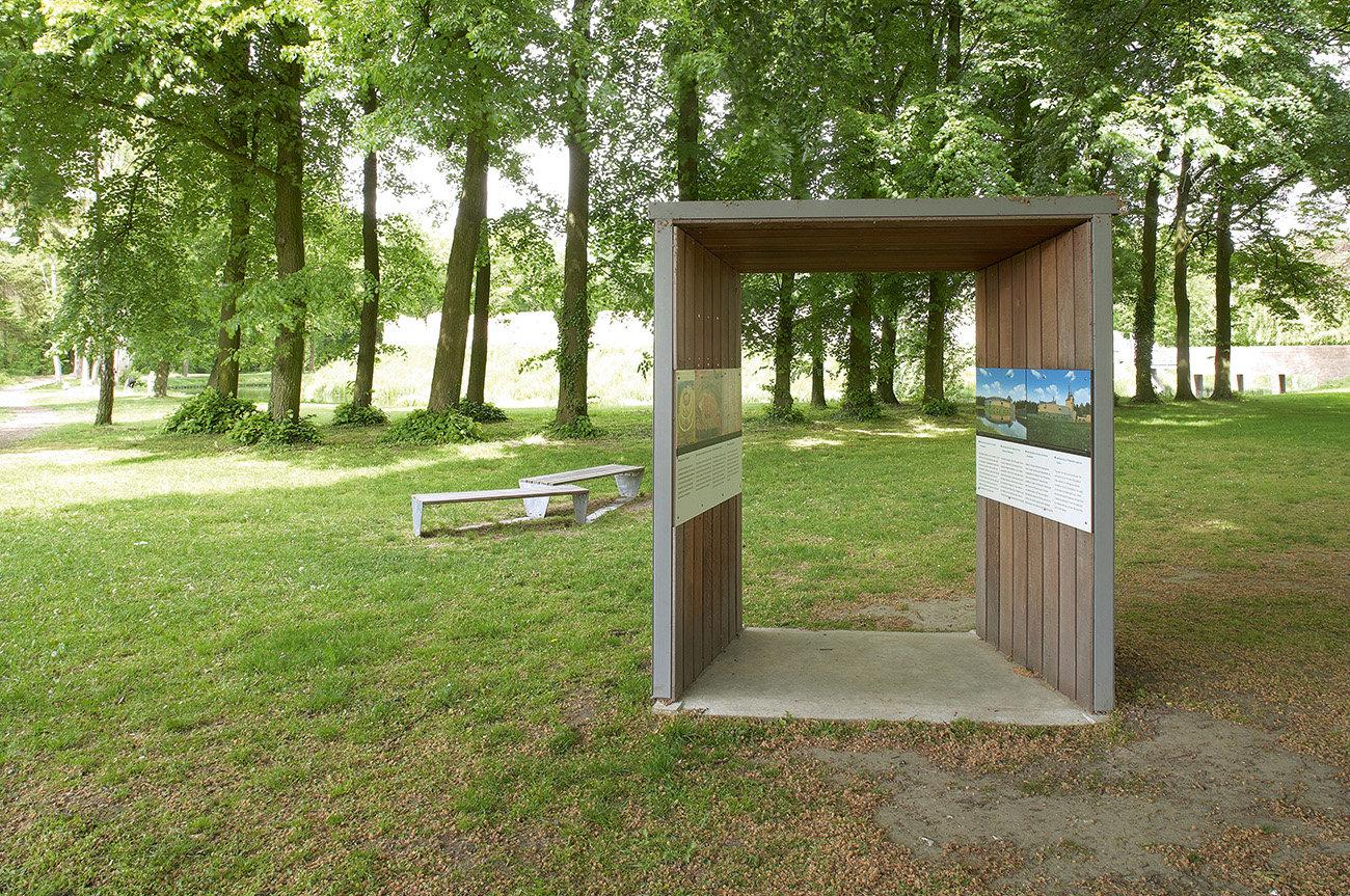 Pietersheim - poort in veld