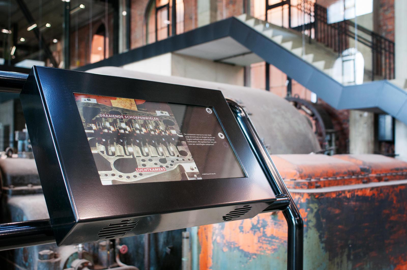 ZLDR Luchtfabriek - schermen